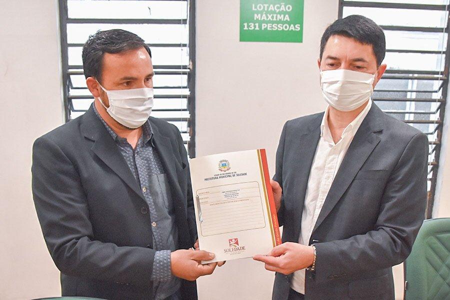 Mega-Sena acumula e pode pagar R$ 115 milhões