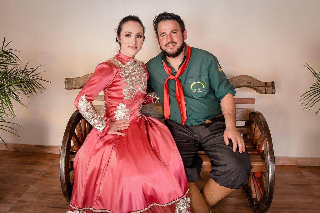 Prefeito Cainelli prestigia Festival de Talentos da Maturidade