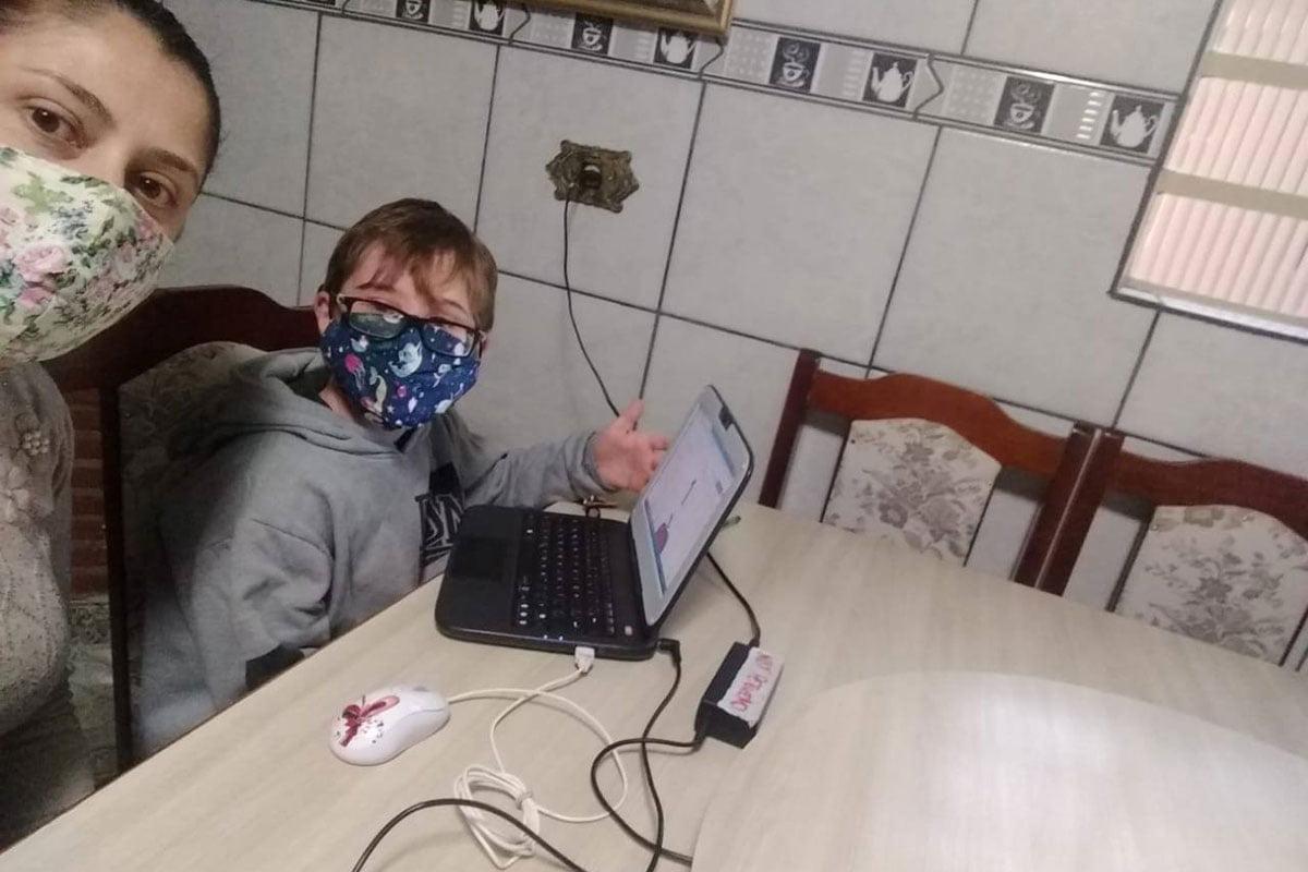 Menino de 12 anos cai de um ônibus em movimento em Soledade