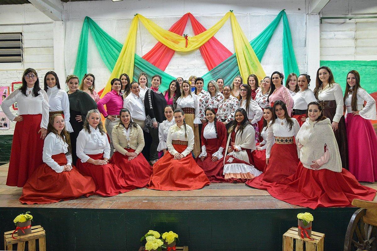 Comunidade Bom Jesus no Bairro Botucaraí recebe melhorias