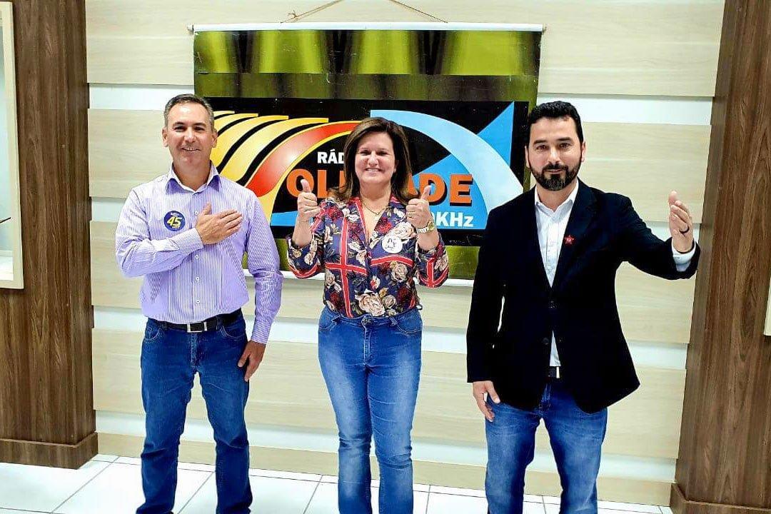 Pesquisadores e bolsistas visitam APL de Pedras, Gemas e Joias