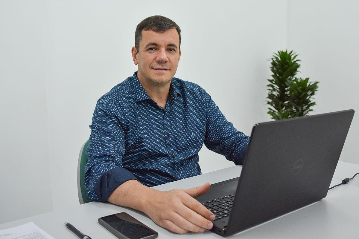 Executivo lan�a Portal do Pequeno em Soledade