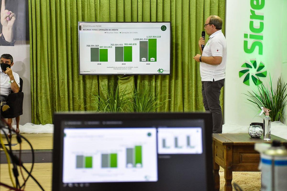Cláudio Afonso Alflen divulga nota de esclarecimento sobre processo de cassação