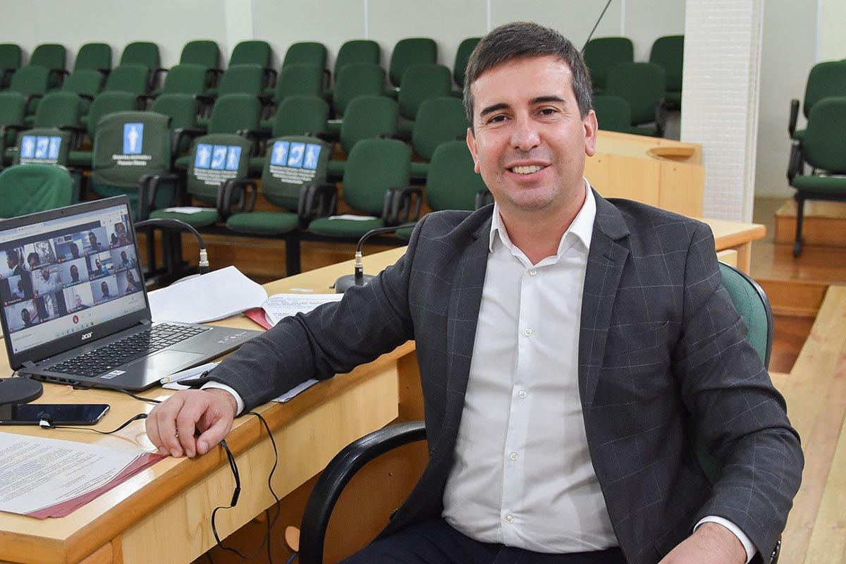 Prefeitura de Barros Cassal abre processo seletivo para professores
