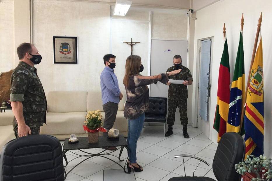 Cursinho Pré-Vestibular Popular e Comunitário forma primeira turma