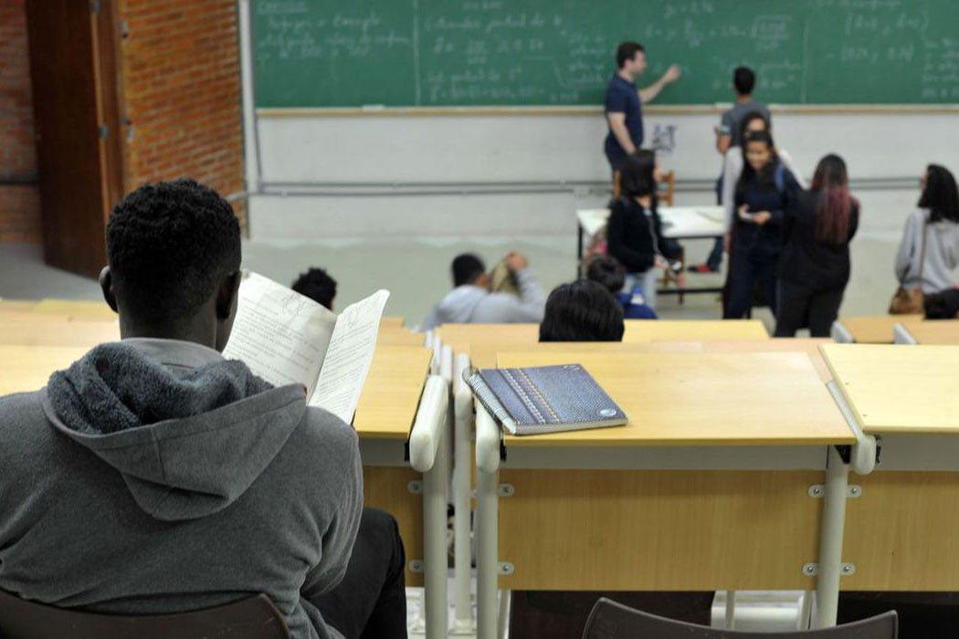 Suspensas as aulas na rede municipal de ensino de Soledade a partir de 23/3